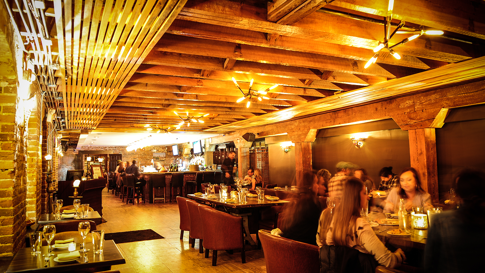 Mulino Italian Kitchen and Bar - Italian Restaurant in Raleigh - Indoor dining