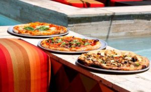 Pizza on the Patio at Mulino