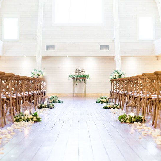 The Historic Wakefield Barn Photo by Anna Taylor Photography